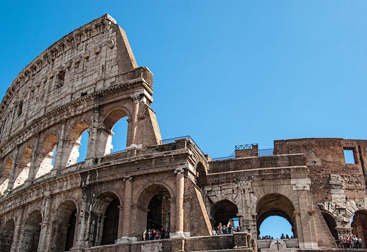 Pavimentos superiores do Coliseu de Roma são reabertos ao público, © <a href='http://https://www.flickr.com/photos/garyullah/15235458515/'>Flickr de garyullah</a>. Licença CC BY 2.0