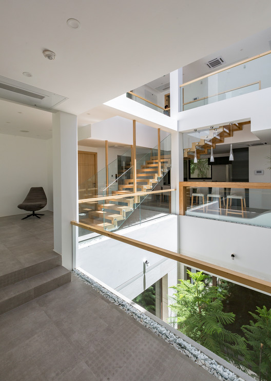 House No. 03 / ShaarOffice (Ahmad Ghodsimanesh and Partners)