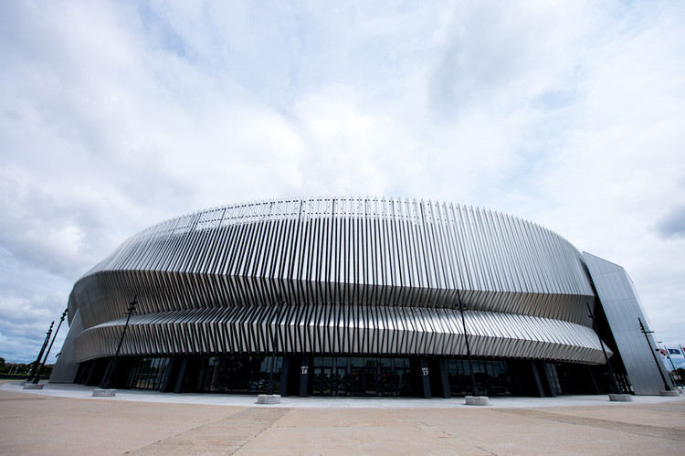 Nassau Veteran's Memorial Coliseum Transformed With Ethereal Metal Design System , © Jamey Price Photography