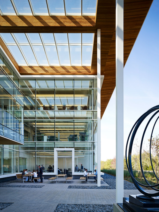 The Site Operations Center At Bmw Perkins Will Archdaily