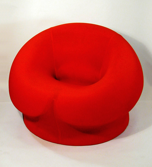 UP 3 Chair, 1969; designed by Gaetano Pesce (Italian, 1939); Italy; polyurethane foam; H x Diam: 69 x 102 cm (27 3/16 x 40 3/16 in.); Frederick N. Babbish Estate Gift; 1991-94-4. Image © Cooper Hewitt - Smithsonian Design Museum
