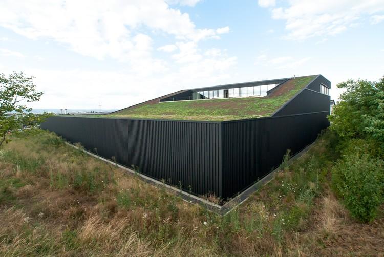 La sede de Dachland en Mainz / SYRA_Schoyerer Architekten, © SCHOYERER