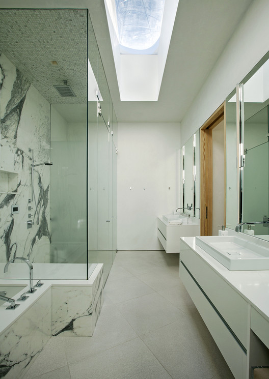 Draw Inspiration From These 21st Century Bathroom Designs Archdaily