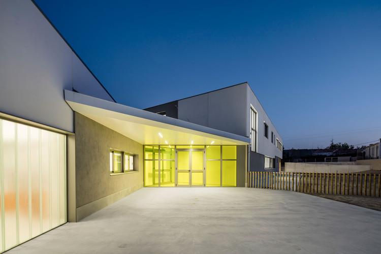 Escuela Guerau de Peguera / taab6, © Adrià Goula