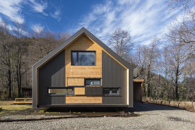 Casa Malalcahuello  / Marianne Balze Ressler, © Guy Wenborne