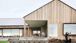 Ceres House  / Dan Gayfer Design