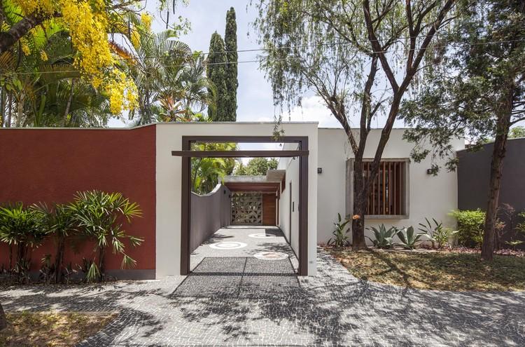 Barão Geraldo Residence / Vasco Lopes Arquitetura, © Maira Acayaba