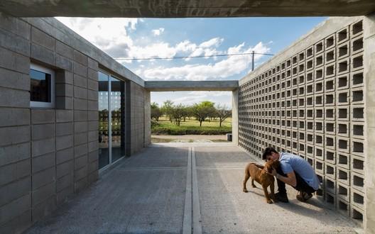 Catalinas Houses / Agustín Lozada