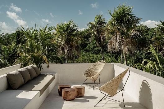 Tulum Treehouse / Co - Lab Design Office + Annabell Kutucu. Image © Brechenmacher Baumann