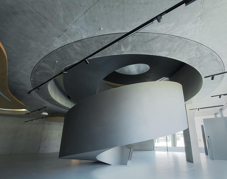 نمونه عکس معماری نمایشگاه خارجی و توضیحات