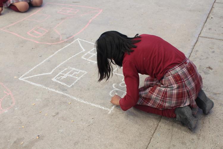 ELEA 2017: Estudiantes de arquitectura comparten sus experiencias con los niños de Calama, Chile, © José Tomás Franco