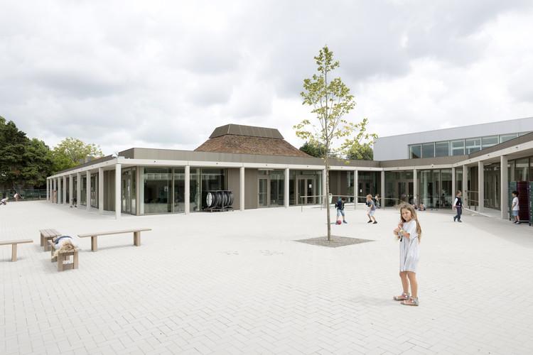 School Campus De Vonk - De Pluim / NL Architects, © Marcel van der Burg