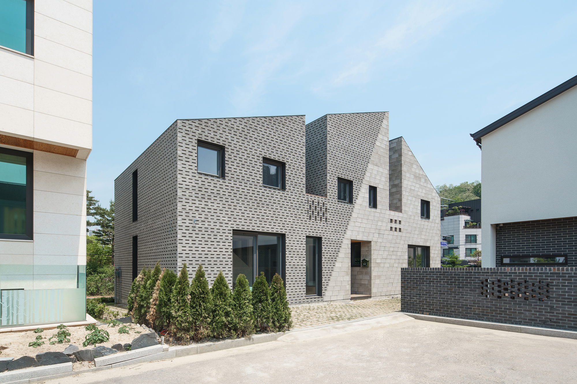 The Masonry House Stpmj Archdaily