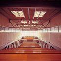 Vista interior de las aulas del gimnasio Colegio Maravillas. Image Cortesía de Fundación Alejandro de la Sota