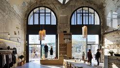 Tienda de recuerdos Essentiel / Rémy MARCIANO architecte