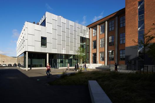 Aarhus Gymnasium / Cubo Arkitekter