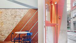 Xanc i Meli Restaurant / AMOO
