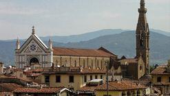 Falling Masonry Kills Tourist in Florence's Deteriorating Basilica di Santa Croce