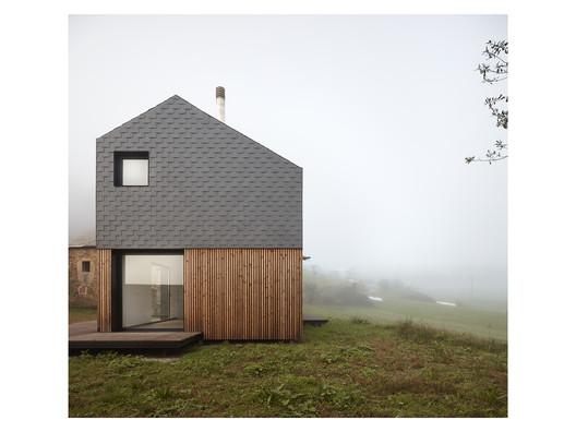 Montaña House / [baragaño]
