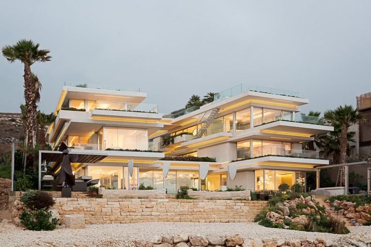Villa Kali / BLANKPAGE Architects + Karim Nader Studio, © Marwan Harmouche
