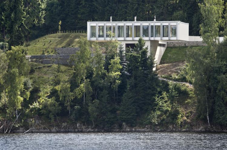 Villa in Frýdava / Uhlik architekti, © Tomáš Balej
