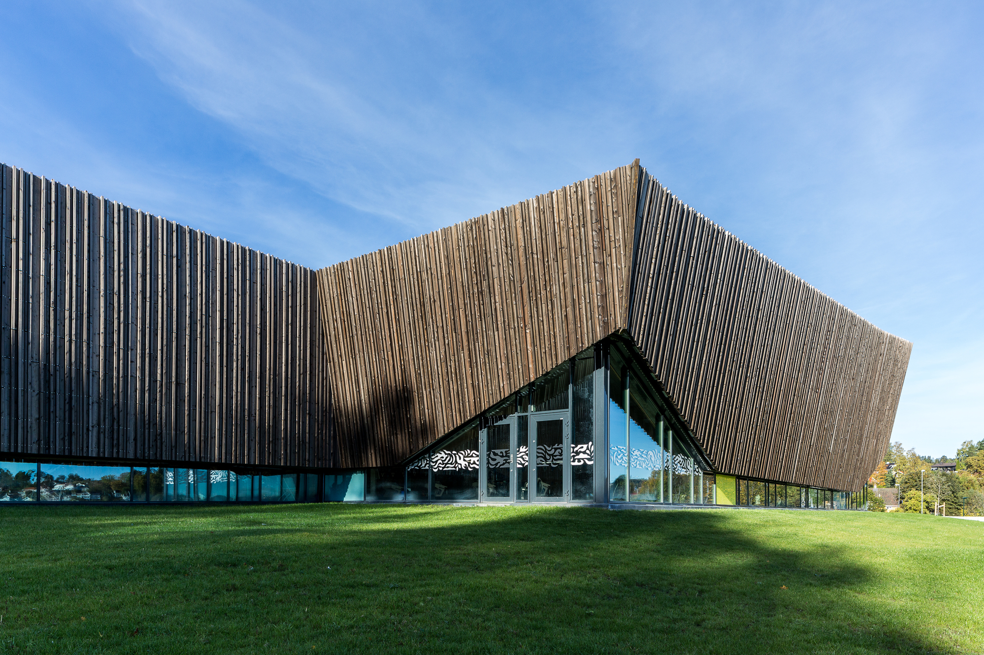Holmen Aquatics Center Arkis Architects Archdaily