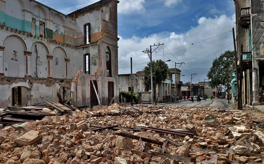 Disaster Sites of the Caribbean, the Gulf, and Mexico. Debris left by Hurricane Maria in Havana, Cuba, 2017. Sergei Montalvo Aróstegui/World Monuments Fund