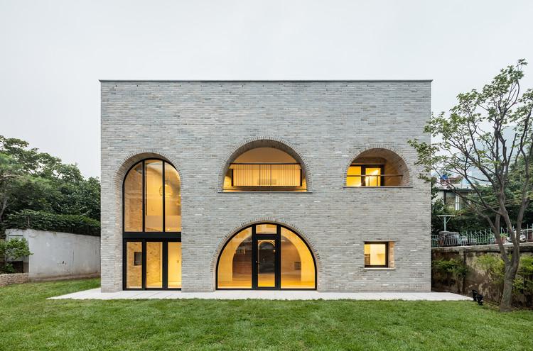 Casa Cheongun / Hyundai Kim + Tectonics Lab, © Kyungsub Shin