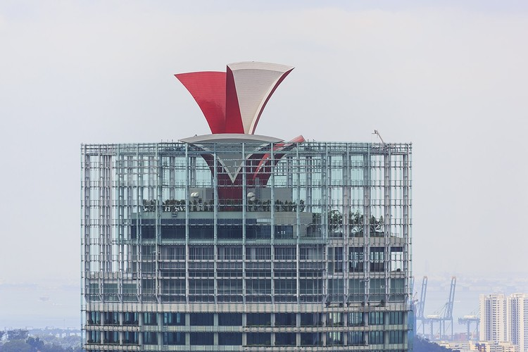 13. CapitaGreen, Singapore ($1.4 billion). Image © CEphoto, Uwe Aranas, <a href='https://commons.wikimedia.org/wiki/File:Singapore_CapitaGreen-Building-01.jpg'>via Wikimedia</a>