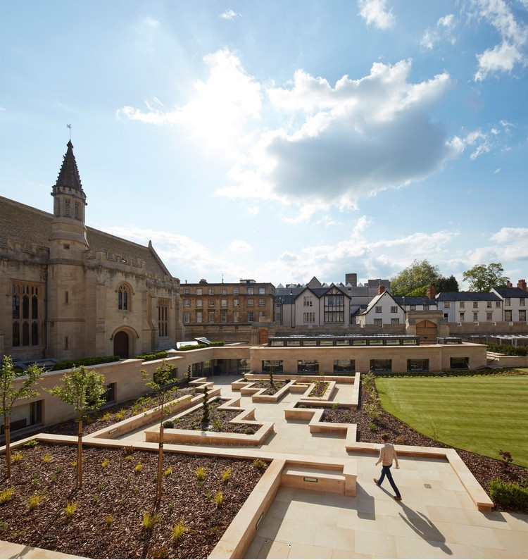 Longwall Library - Magdalen College / Wright & Wright Architects, © Dennis Gilbert