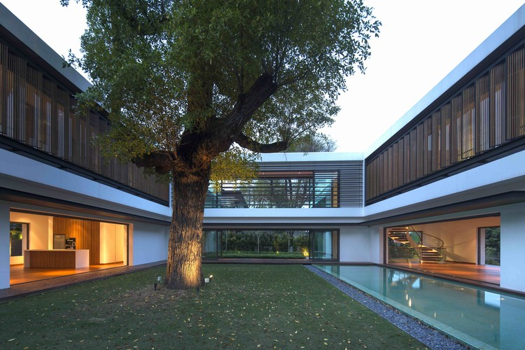 Residência Transparente / Wallflower Architecture + Design, © Albert Lim KS