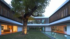 Residência Transparente / Wallflower Architecture + Design