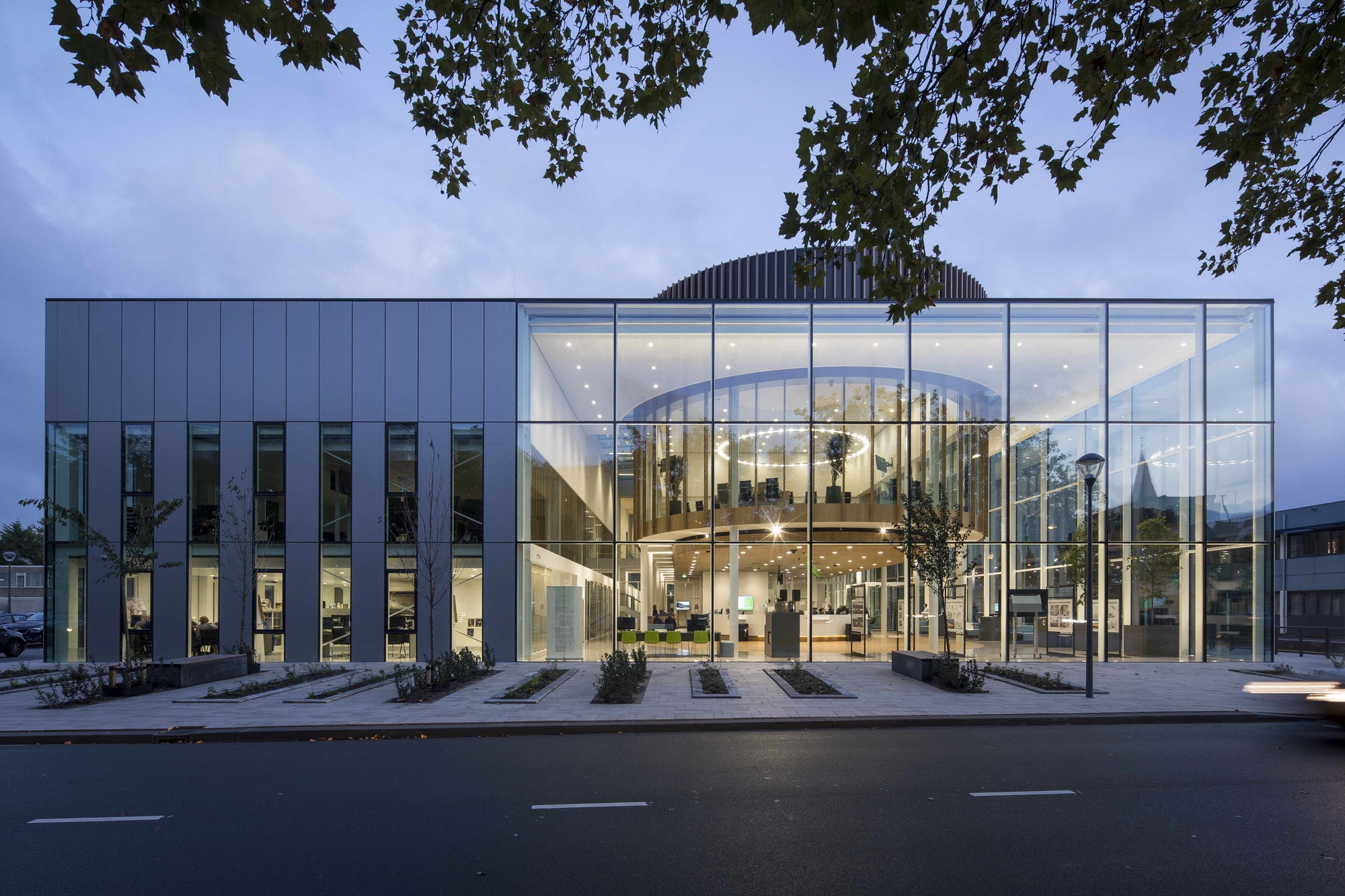 Westland Town Hall / architectenbureau cepezed | ArchDaily