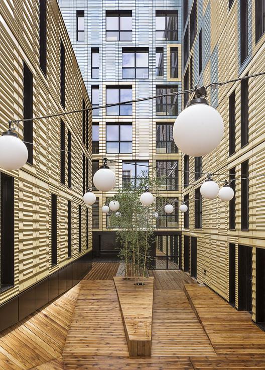 Coallia - Residencia y Restaurante Social / Peripheriques Architectes, © Luc Boegly