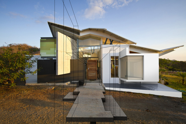 Carla Carranza: la innovación en la exploración de lo arcano, Casa Anapanasati / Aarcano Arquitectura. Image © Andrés Gracía