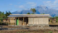 Biblioteca Amani / Social Practice Architecture