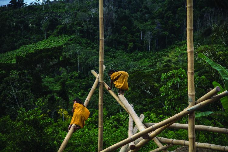 Parque Bambú: un espacio para jugar con libertad en la selva central del Perú, Cortesía de Semillas / Ensusitio