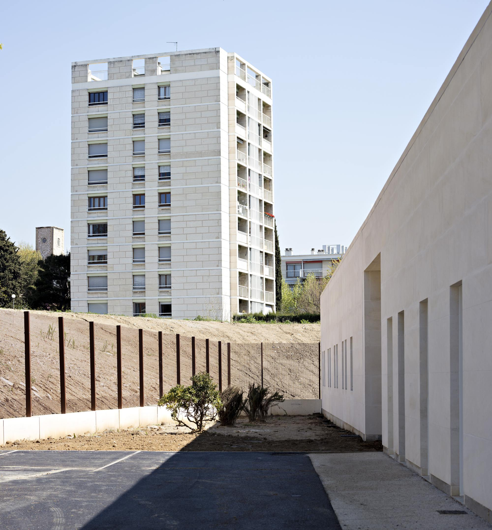 galer a de centro de detenci n juvenil educativo combas architectes 15. Black Bedroom Furniture Sets. Home Design Ideas
