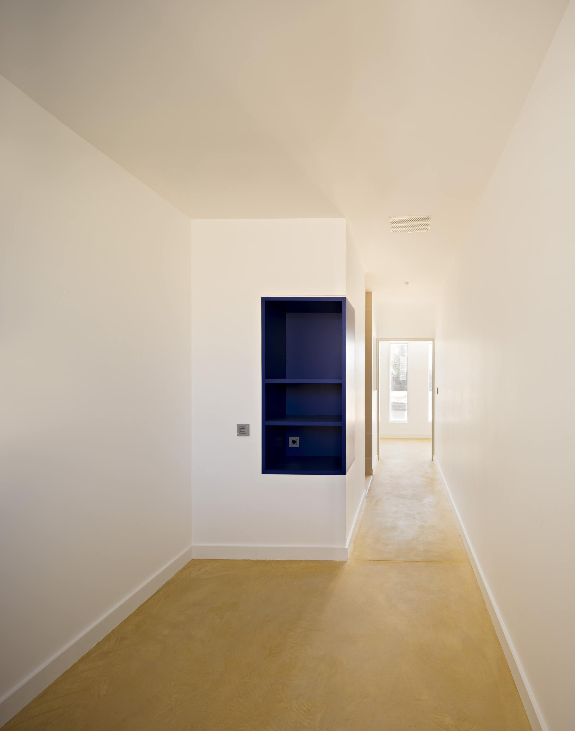 galer a de centro de detenci n juvenil educativo combas architectes 22. Black Bedroom Furniture Sets. Home Design Ideas