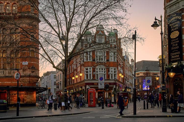 Lições de Londres: os riscos e benefícios do crescimento urbano compacto, Londres: capital inglesa é um exemplos dos benefícios e desafios do crescimento compacto. Image © Pedro Szekely/Flickr. Cortesia de TheCityFix Brasil