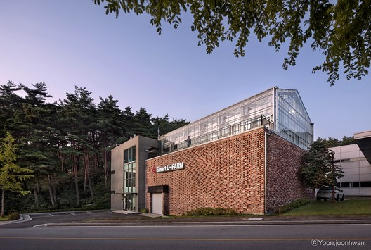 KIST Smart U-Farm  / Architecture Studio YEIN