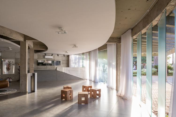 Galeria Meia 1 / Debaixo do Bloco Arquitetura, © Haruo Mikami