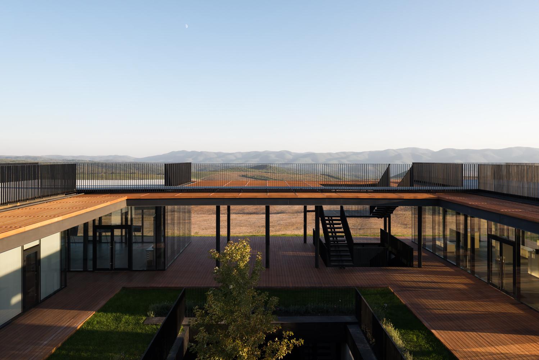 Gai-Kodzor Winery / Kleinewelt Architekten