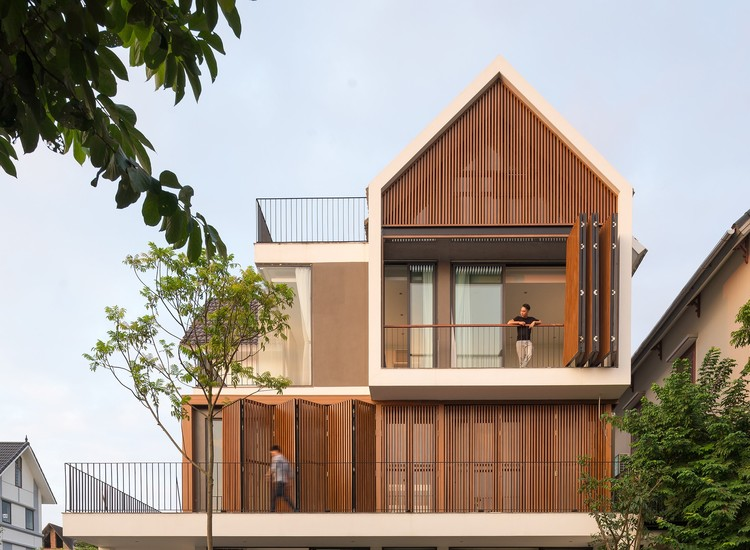 VH6 House  / Idee architects, © Trieu Chien