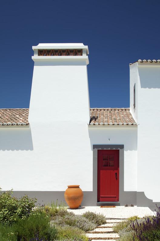 José Baganha, primer arquitecto portugués en conseguir el Premio Rafael Manzano, Monte do Prates, Montemor o Novo. Image Cortesía de Premio Rafael Manzano