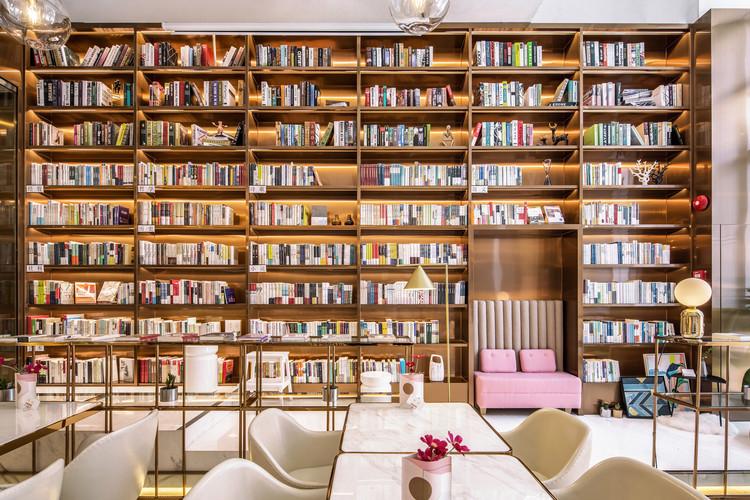Librería Lingers / Hejidesign, © Tony Chen