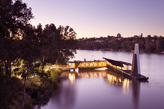 Brisbane Ferry Terminals / Cox Architecture
