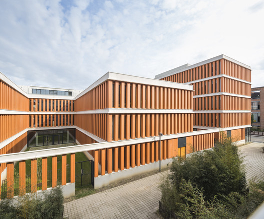 Offices and Shops in Lille / Atelier TARABUSI