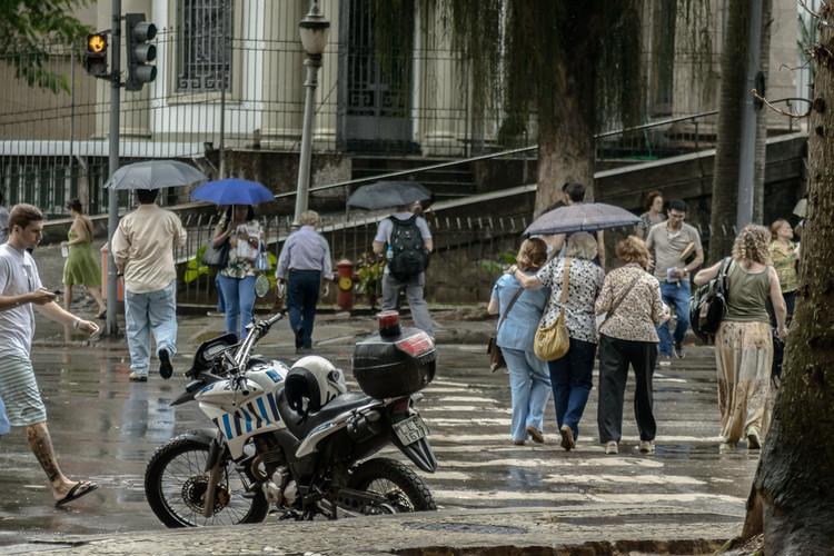 Multar pedestres e ciclistas melhorará a segurança? ITDP Brasil manifesta preocupação, © Stefano Aguiar