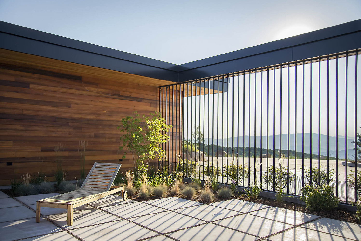 Gallery of Red Hawk House / Imbue Design - 3